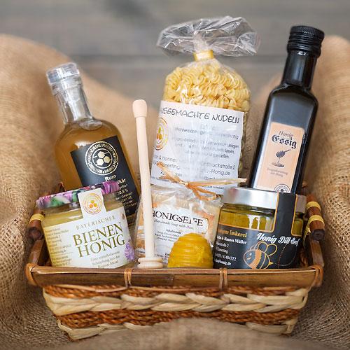 Geschenkkörbe aus Honigprodukten
