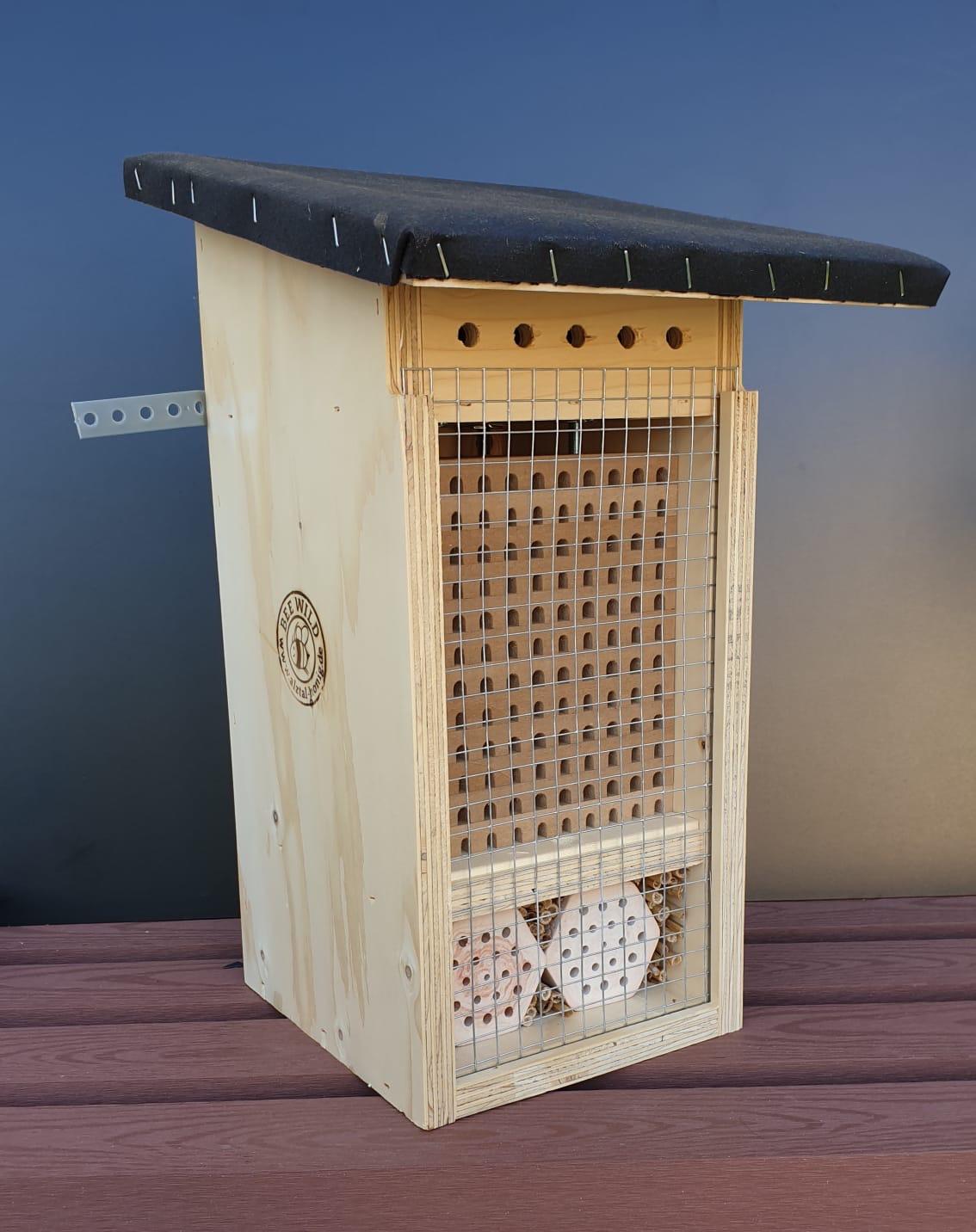 Wildbienenhotel - Nützlingshotel